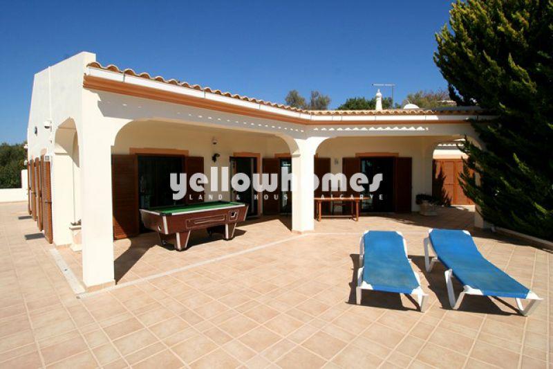 Vilamoura villa (4+1 beds) country and sea views
