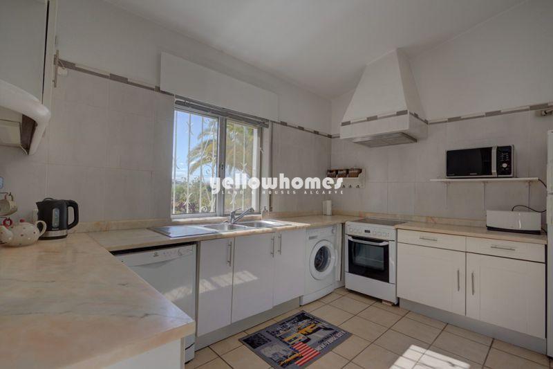 3 bedroom villa on good size plot close to the beach near Vale do Lobo