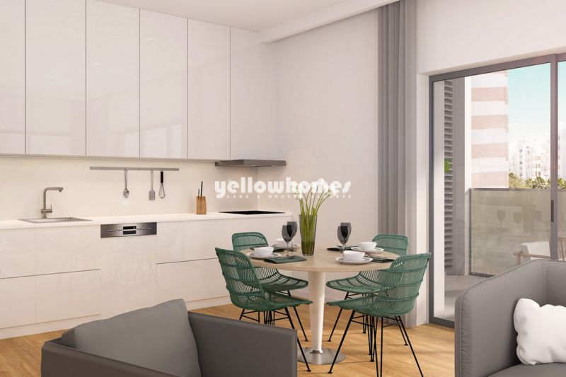 Modern beach apartments in walking distance to restaurants and shops near Quarteira