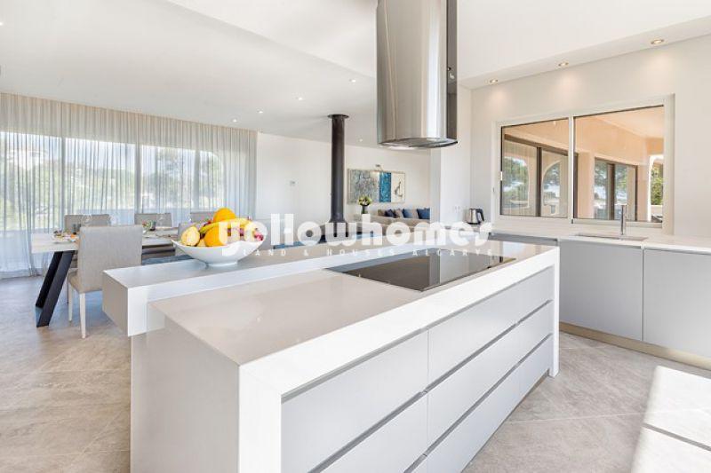 Recém-construído penthouse T3 num resort de luxo a um passo da praia