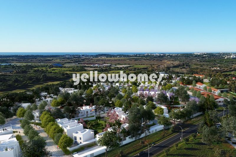 High quality 3-bed duplex apartments under construction in Vilamoura